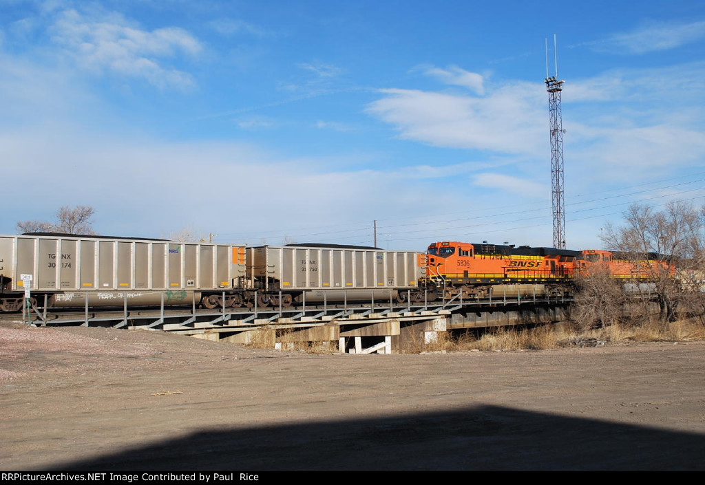 BNSF 5836 & 6224 Helpers On South Bound Coal Train