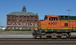 BNSF 4307 By the Livestock Exchange Building