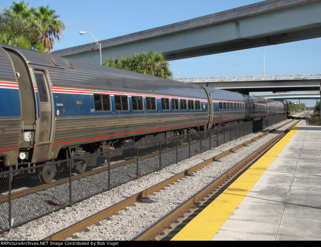 train 98 Silver Meteor