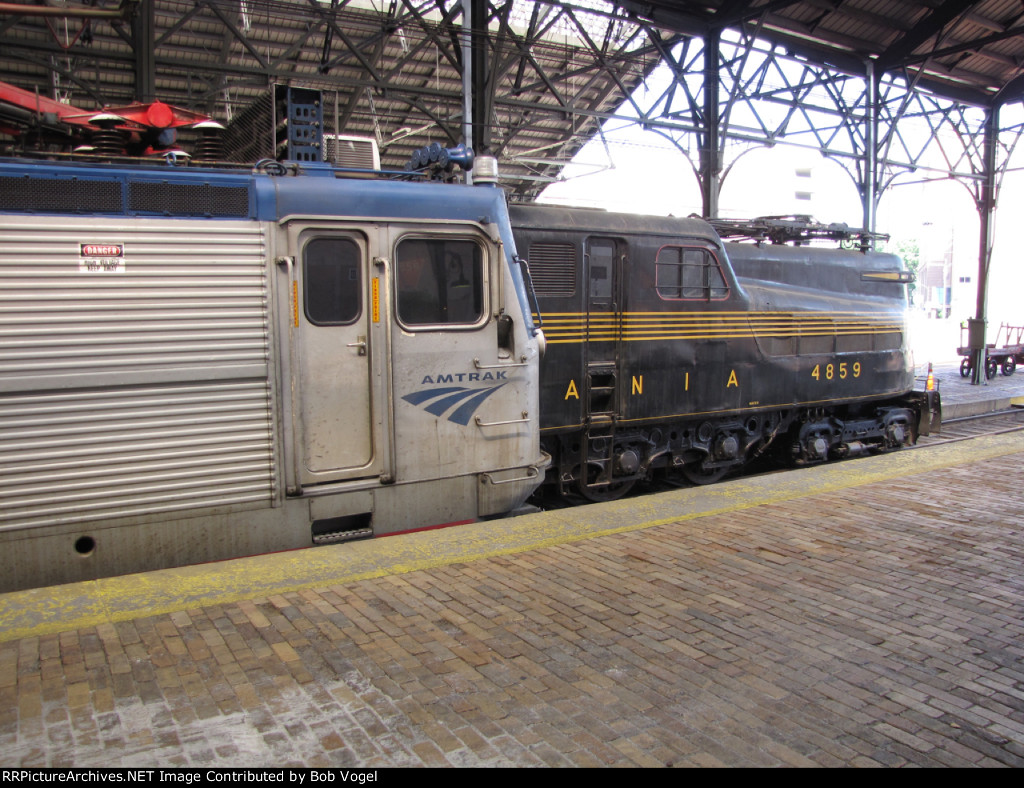 AMTK 923 and PRR 4859