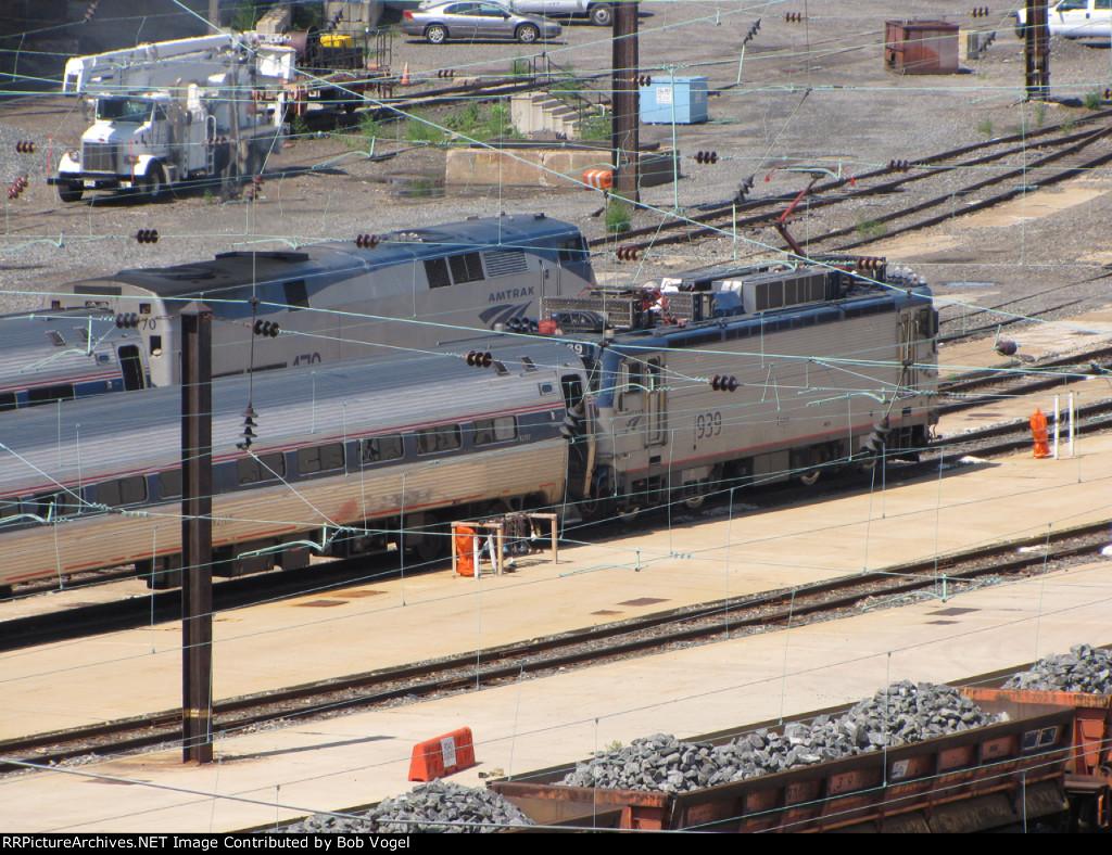 Keystone Service trains