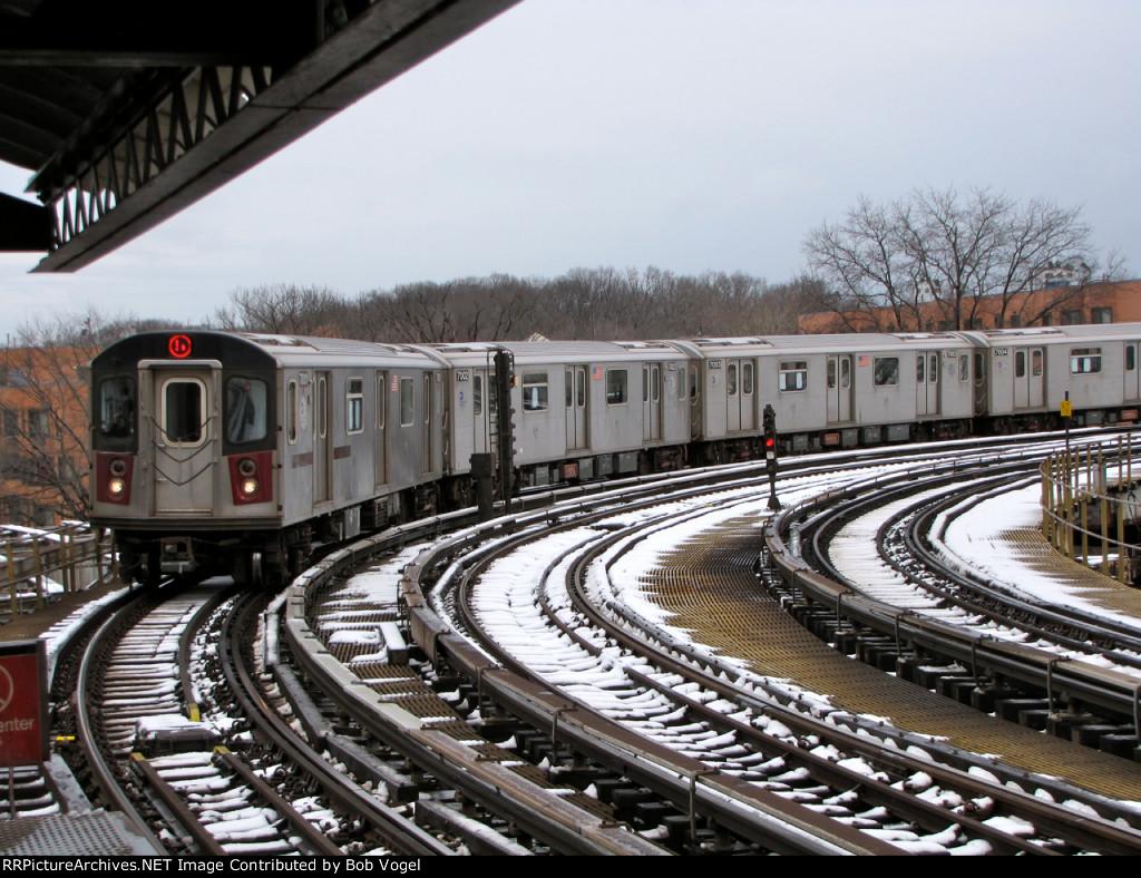 R142 2 train