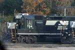 NS 704