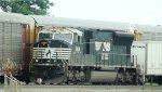NS SD70M loco