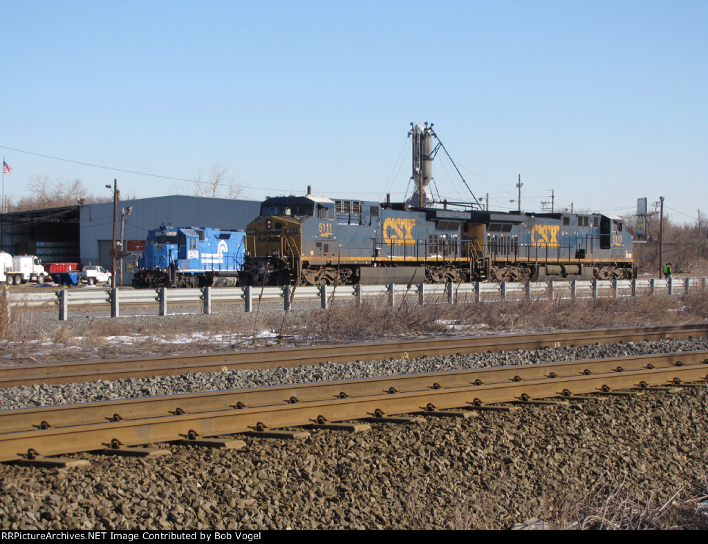 CSX 5111 and 5113