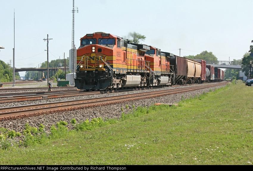 BNSF 4958 on CSX Q393-10
