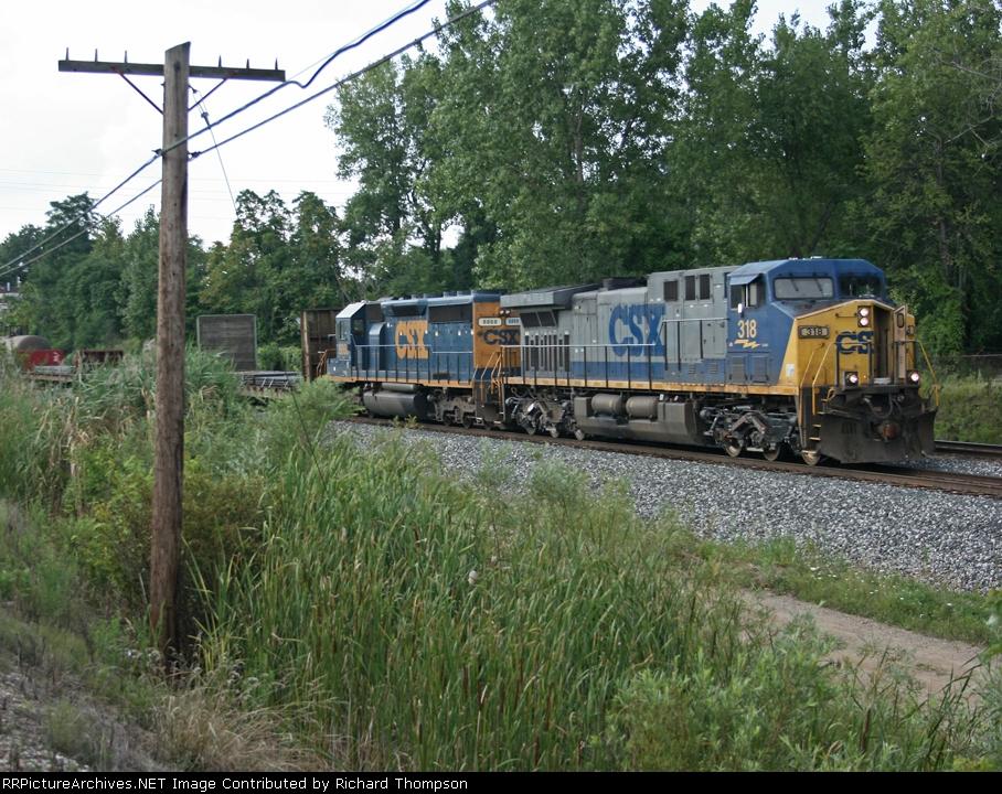 CSX 318 on CSX Q389-06
