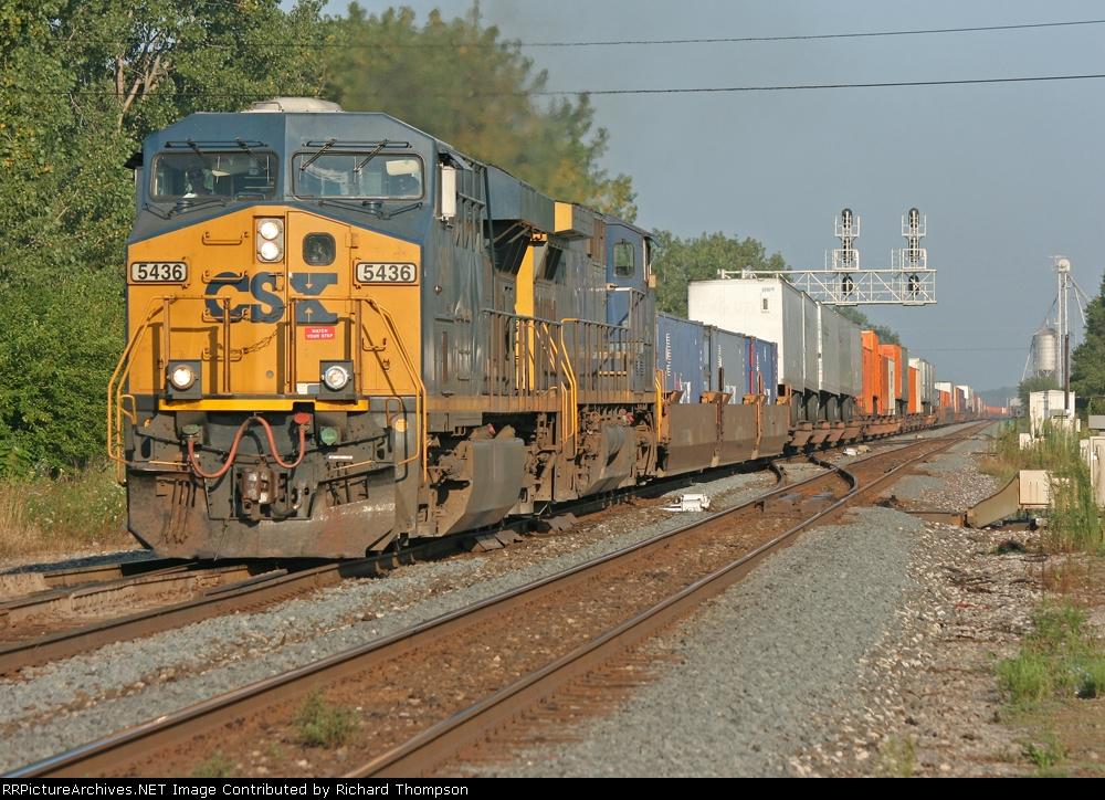 CSX 5436 on CSX Q136-12