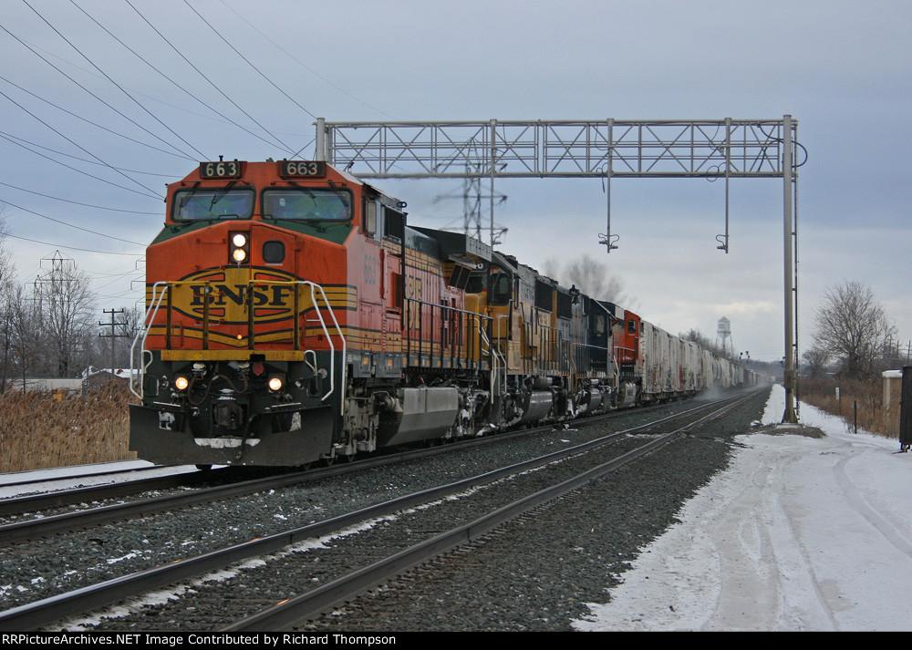 BNSF 663 on CSX Q393-15