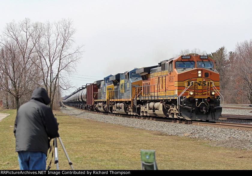 BNSF 4606 on CSX K002-XX