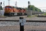 BNSF 8981 on CSX E941-XX