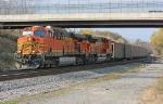 BNSF 5735 on CSX U994-XX