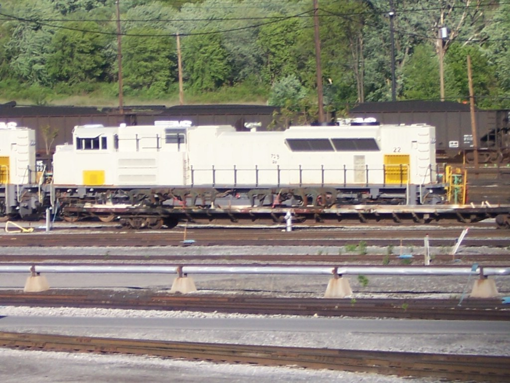 UP 8431 and 8432