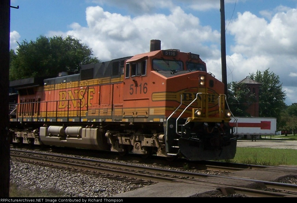 BNSF 5116