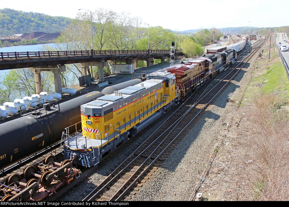 NS 8102 & UPY 893 on NS 11A
