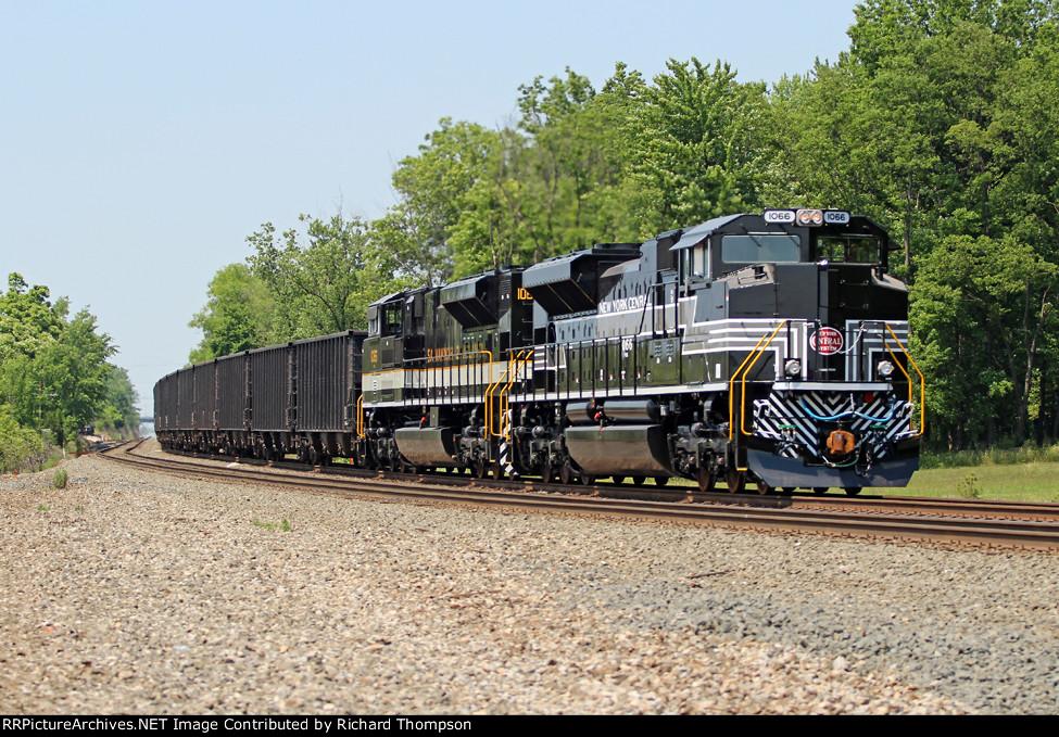 NS 1066 on NS 573