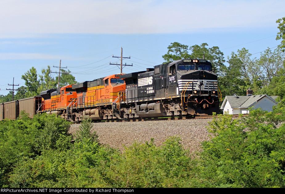 NS 9375 on NS 416 (Engineer Rick Varga)