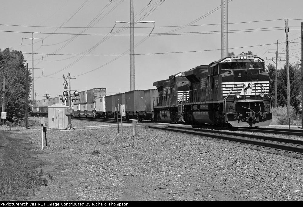 NS 2672 on NS 20R