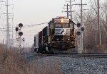 NS 5609 on NS 904