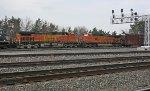 BNSF 4906 & 4305 on NS 15N