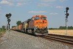 BNSF 5828 on NS 681