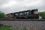 NS 5019 on NS 303