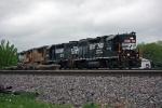 NS 5019 on NS 303