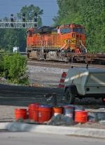 BNSF 7626 on NS 205