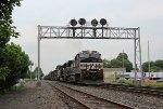 NS 9852 on NS 776