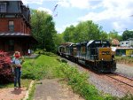 """CSX 6156 Q418 """"Windmill Parts"""" and the American Flag"""