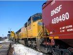 110215034 Westbound UP-powered Grain Train On BNSF Wayzata Sub.