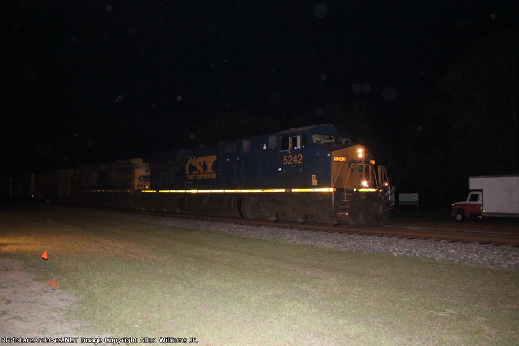 CSX 5242
