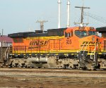 BNSF 935 coming of the Avard