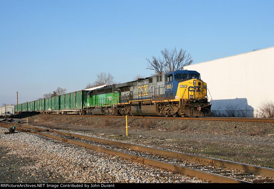 CSX 663 on Q-703