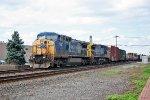 CSX 7747 on Q-417
