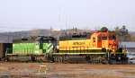 BNSF 1810 Backing into the yard