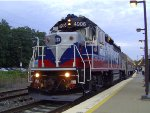 Metro-North GP40PH-2 4906