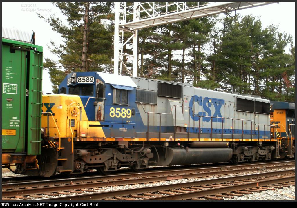 CSX 8589