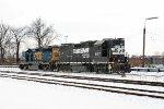 CSX 4425 and NS 5157