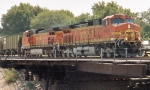 BNSF 4824 & BNSF 5010