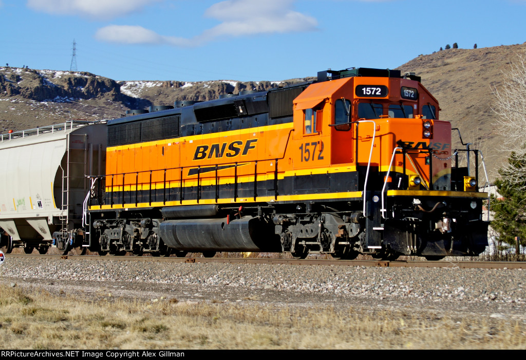 BNSF 1572 East