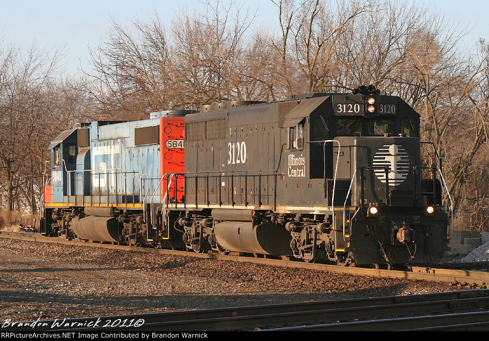 Illinois Central and Grand Trunk work the Yard