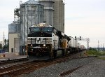 21Z heads west behind a Gevo and a UP SD70ACe