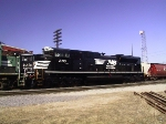 NS 2713 (sd70m-2) being delivered to NS