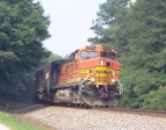 BNSF 4816 rounding the bend