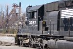 3287 with GP40-2 under window..don't think so