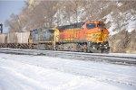 Eastbound empty phosphate train prepares to tie down