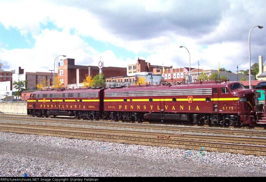 PRR 5809 & PRR 5711 at Altoona Pennsylvania.  10/6/2001