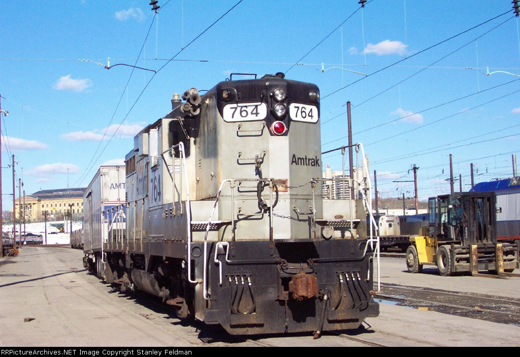 AMTK  GP-7  764  at Race Street  2/2/2002