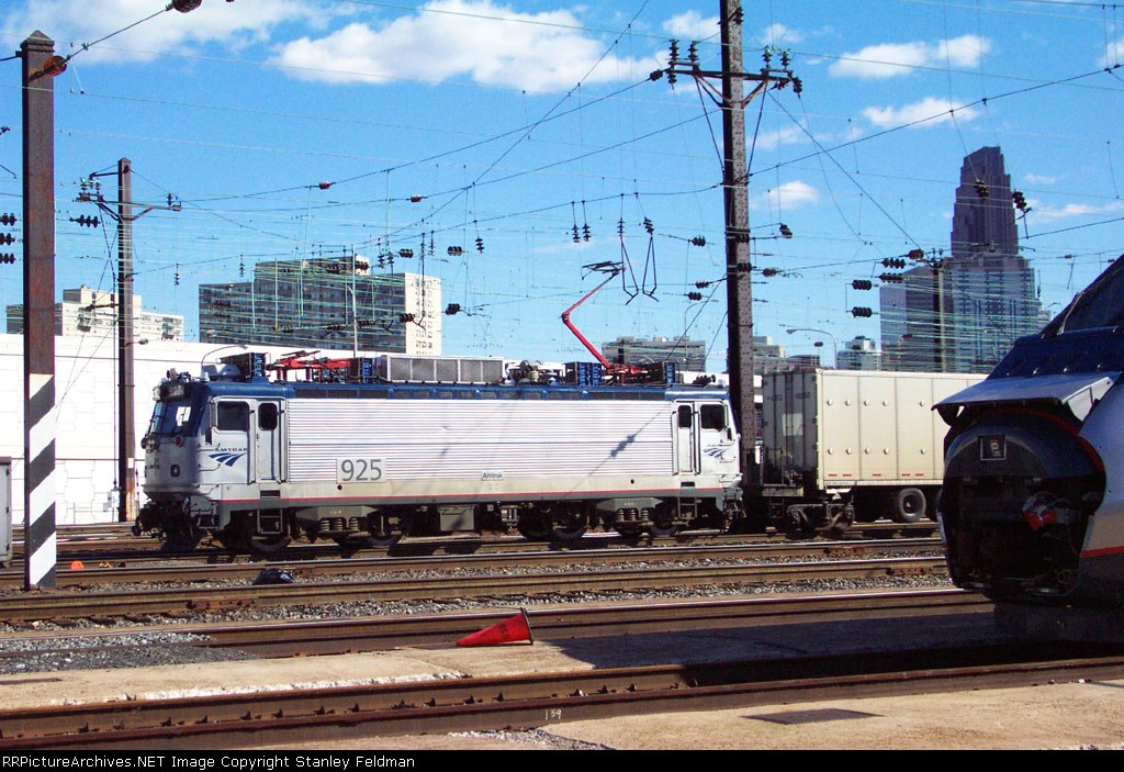 AMTK  AEM7  925 switching at 30th Street Station.  2/02/2002